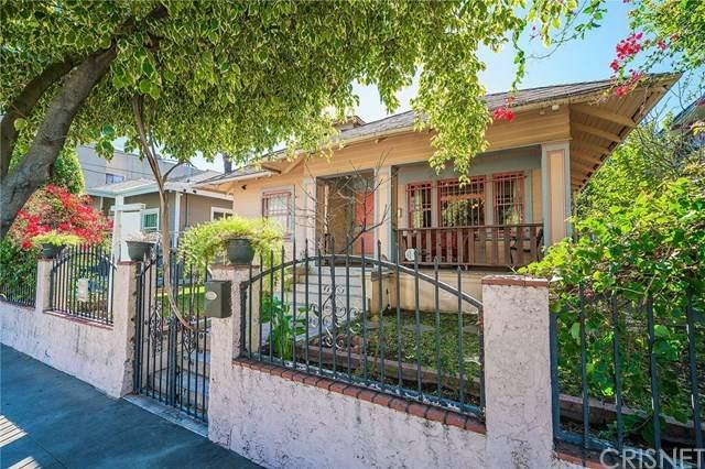 1616 W 24th Street, Los Angeles, CA 90007 (#SR21036904) :: TruLine Realty