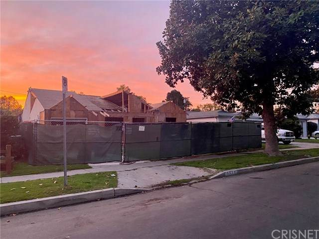 5657 Saloma Avenue, Van Nuys, CA 91411 (#SR21039046) :: The Grillo Group