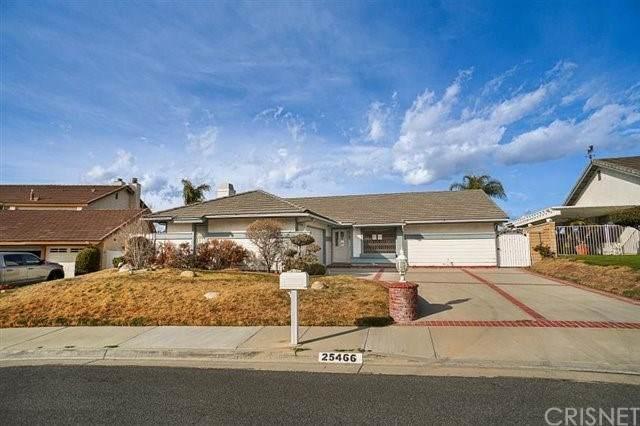 25466 Cariz Drive, Valencia, CA 91355 (#SR21038127) :: TruLine Realty