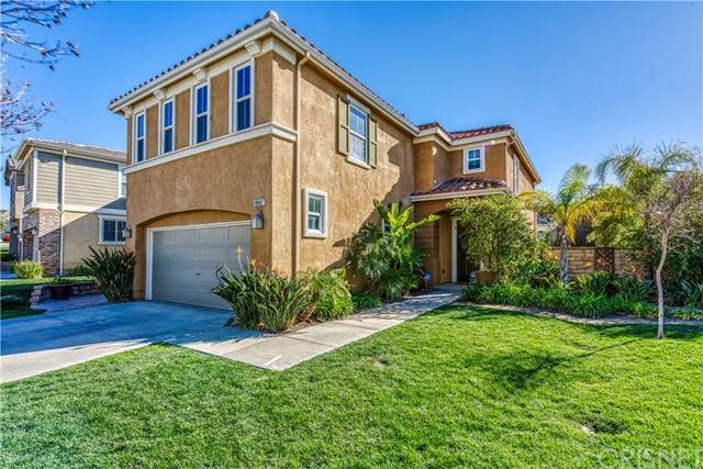 19942 Holly Drive, Saugus, CA 91350 (#SR21040284) :: HomeBased Realty