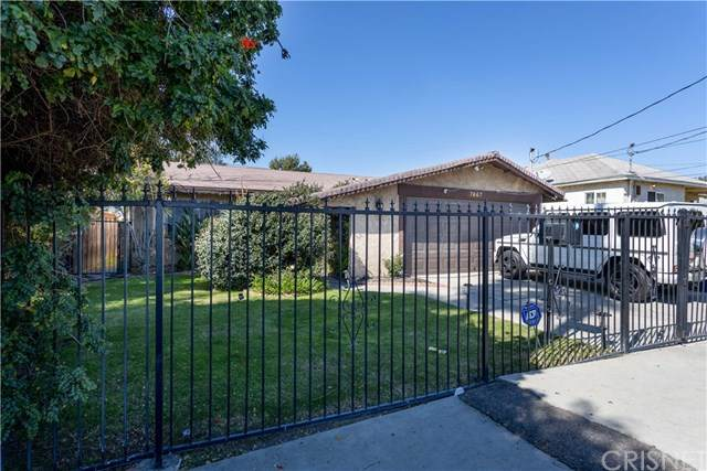 7667 Simpson Avenue, North Hollywood, CA 91605 (#SR21038248) :: Berkshire Hathaway HomeServices California Properties
