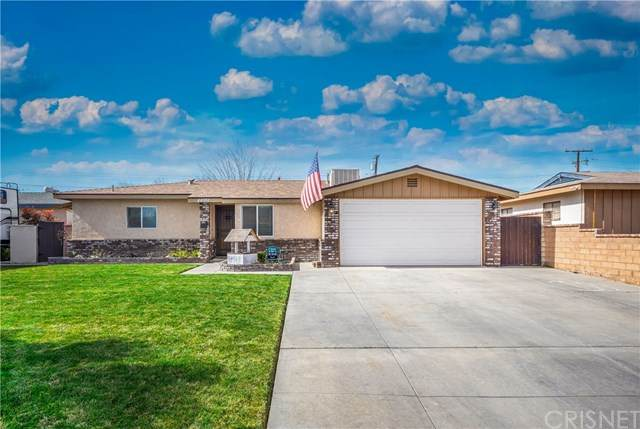 44951 16th Street W, Lancaster, CA 93534 (#SR21034927) :: Berkshire Hathaway HomeServices California Properties