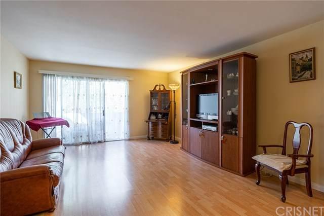 5460 White Oak Avenue F201, Encino, CA 91316 (#SR21038794) :: TruLine Realty