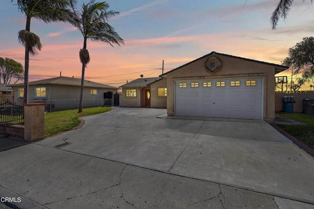 1448 W Date Street, Oxnard, CA 93033 (#V1-4177) :: The Grillo Group