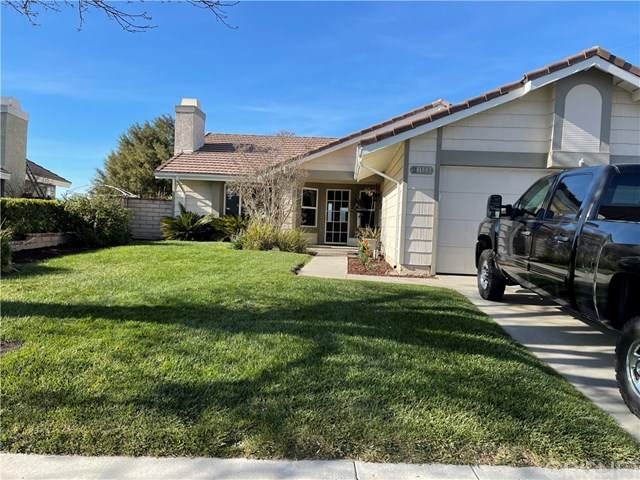 28141 Florence Lane, Canyon Country, CA 91351 (#SR21043114) :: HomeBased Realty