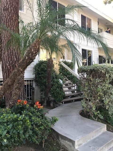 1535 Granville Avenue #103, Los Angeles, CA 90025 (#SR21043220) :: TruLine Realty
