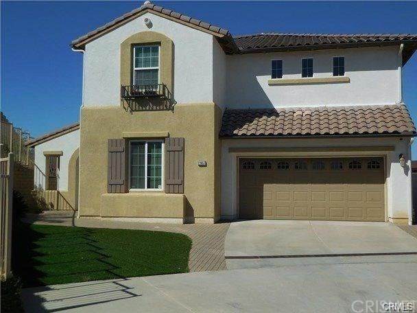 22057 Acorn Street, Chatsworth, CA 91311 (#SR21043448) :: The Grillo Group