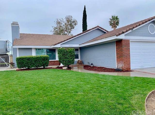 28160 Florence Lane, Canyon Country, CA 91351 (#SR21044095) :: HomeBased Realty