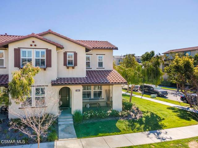 3204 Lisbon Lane, Oxnard, CA 93036 (#221001135) :: Compass