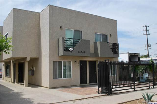 14242 Calvert Street, Van Nuys, CA 91401 (#320005210) :: HomeBased Realty