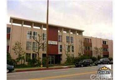 6225 Coldwater Canyon Avenue #301, North Hollywood, CA 91606 (#SR21063453) :: Lydia Gable Realty Group