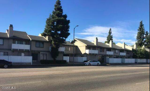 8341 De Soto Avenue #24, Canoga Park, CA 91304 (#221001610) :: Lydia Gable Realty Group