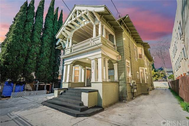 1845 W 12th Street, Los Angeles, CA 90006 (#SR21068023) :: Lydia Gable Realty Group