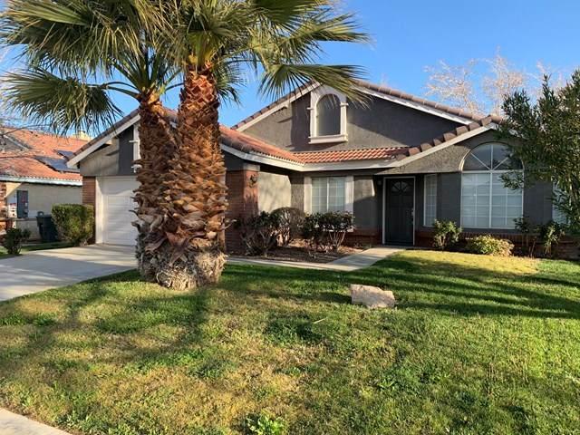 1033 Heatherfield Avenue, Rosamond, CA 93560 (#221001760) :: TruLine Realty