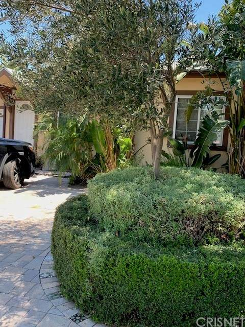 5126 Lindley Avenue, Encino, CA 91316 (#SR21071191) :: Amazing Grace Real Estate | Coldwell Banker Realty