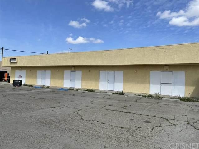 1700 S K Street, Tulare, CA 93274 (#SR21069316) :: TruLine Realty