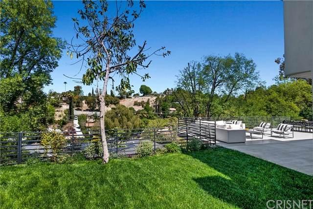 22623 Cavalier Street, Woodland Hills, CA 91364 (#SR21074807) :: TruLine Realty