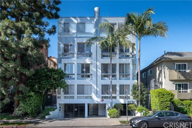 2237 S Bentley Avenue #102, Los Angeles, CA 90064 (#SR21075579) :: Amazing Grace Real Estate | Coldwell Banker Realty