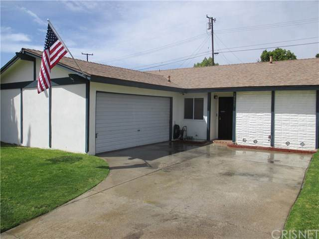 19519 Ermine Street, Canyon Country, CA 91351 (#SR21075881) :: The Grillo Group