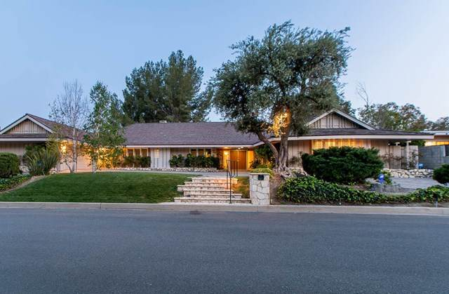 16630 Demaret Place, Granada Hills, CA 91344 (#221001936) :: Lydia Gable Realty Group