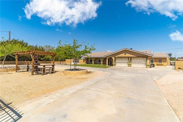 2035 W Avenue O, Palmdale, CA 93551 (#SR21085000) :: Lydia Gable Realty Group