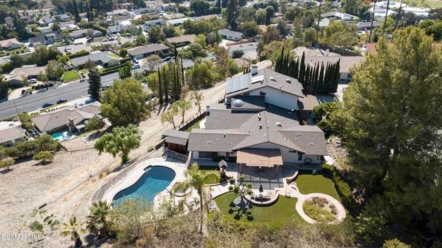 1118 Cardiff Circle, Thousand Oaks, CA 91362 (#221002323) :: The Parsons Team