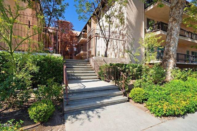 1127 E E Del Mar Boulevard #434, Pasadena, CA 91106 (#P1-4579) :: Berkshire Hathaway HomeServices California Properties