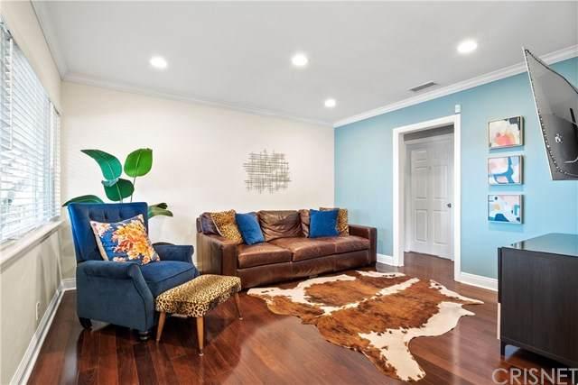 1572 N Marengo Avenue, Pasadena, CA 91103 (#SR21094667) :: Berkshire Hathaway HomeServices California Properties