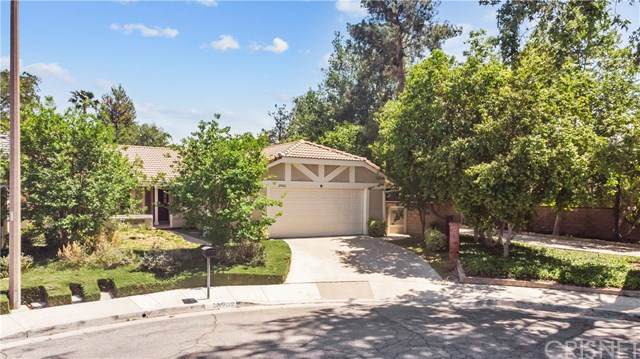 25902 Viejo Court, Valencia, CA 91355 (#SR21095919) :: Montemayor & Associates