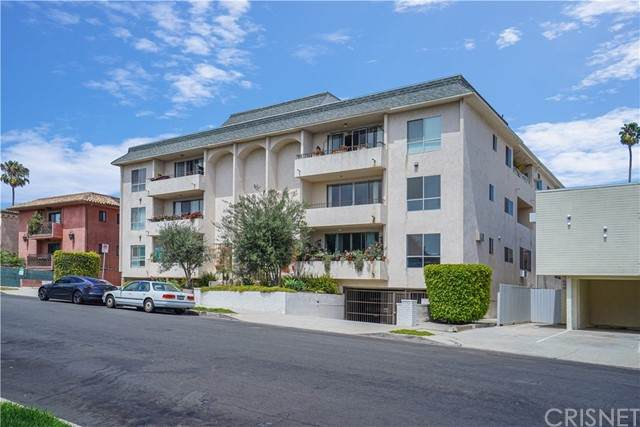1424 Amherst Avenue #102, West Los Angeles, CA 90025 (#SR21097173) :: Amazing Grace Real Estate | Coldwell Banker Realty