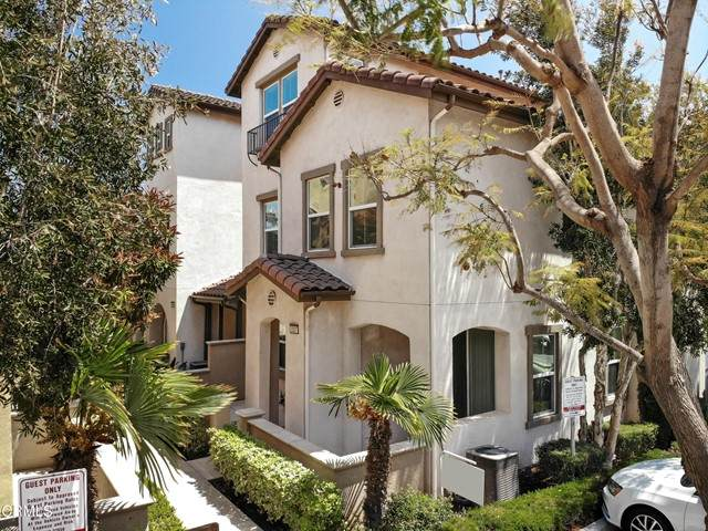 3337 Shadetree Way, Camarillo, CA 93012 (#V1-5647) :: Montemayor & Associates