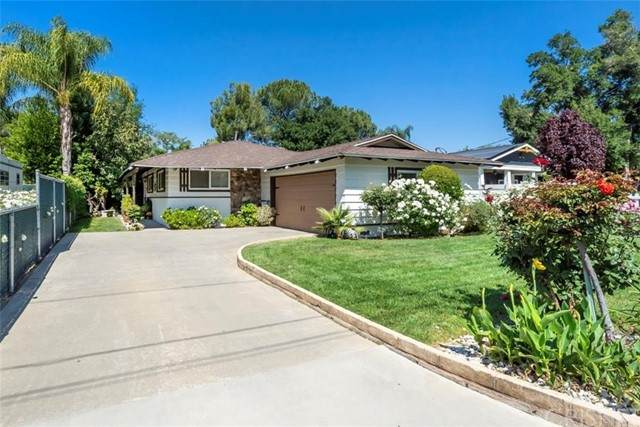 25057 Everett Drive, Newhall, CA 91321 (#SR21098966) :: Lydia Gable Realty Group