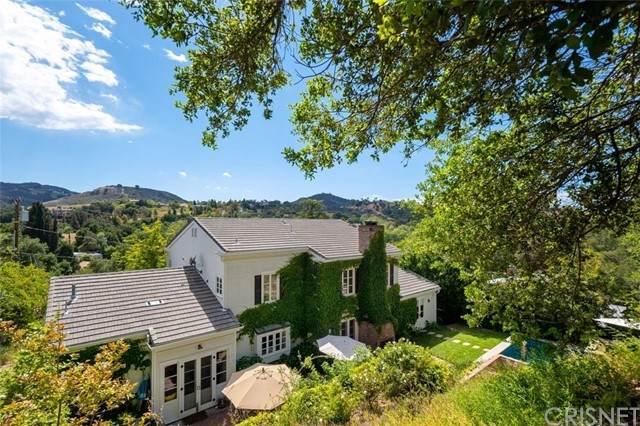 4010 Black Bird Way, Calabasas, CA 91302 (#SR21100751) :: Berkshire Hathaway HomeServices California Properties