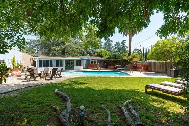 2649 Santa Rosa Avenue, Altadena, CA 91001 (#P1-4684) :: The Grillo Group