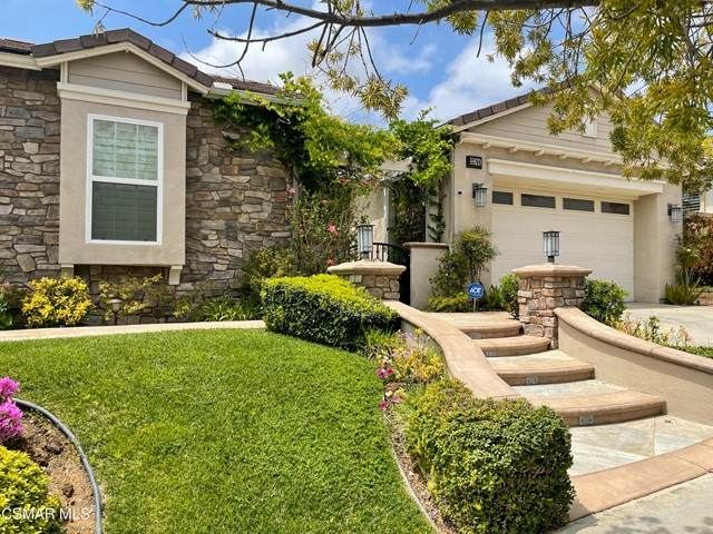 13704 Blue Ridge Way, Moorpark, CA 93021 (#221002542) :: Lydia Gable Realty Group