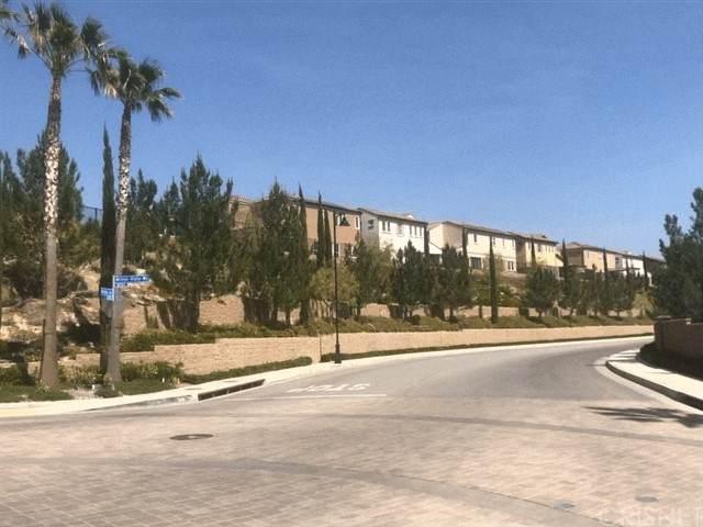 9610 Zelzah Avenue #210, Northridge, CA 91325 (#SR21102142) :: Montemayor & Associates