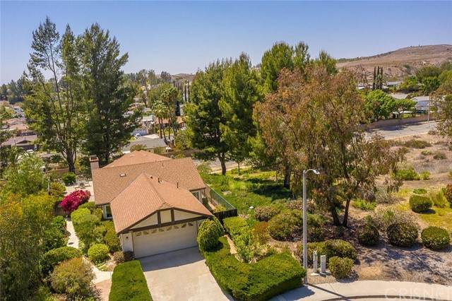 6863 Trojan Court, Moorpark, CA 93021 (#SR21101775) :: Berkshire Hathaway HomeServices California Properties