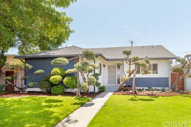 14906 Hubbard Street, Sylmar, CA 91342 (#SR21101410) :: Berkshire Hathaway HomeServices California Properties