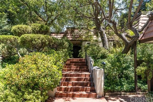 4370 Park Milano, Calabasas, CA 91302 (#SR21101636) :: Berkshire Hathaway HomeServices California Properties