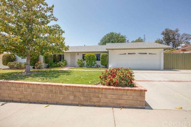 3377 Cole Avenue, Simi Valley, CA 93063 (#SR21103039) :: The Parsons Team