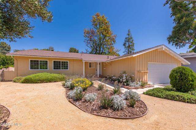 5828 Keokuk Avenue, Woodland Hills, CA 91367 (#221002576) :: Lydia Gable Realty Group