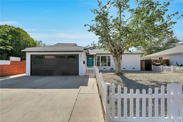 38715 Glenbush Avenue, Palmdale, CA 93550 (#SR21100532) :: Lydia Gable Realty Group