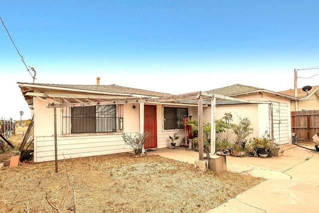 2520 Balboa Street, Oxnard, CA 93036 (#V1-5818) :: Angelo Fierro Group | Compass