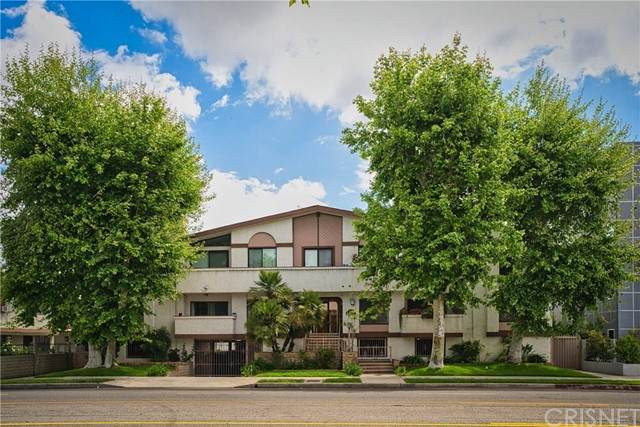 4248 Laurel Canyon Boulevard #204, Studio City, CA 91604 (#SR21091687) :: Compass