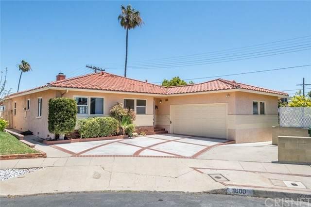 1600 W 21st Street, San Pedro, CA 90732 (#SR21109871) :: The Suarez Team