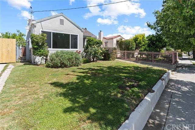 2821 N North Coolidge Avenue, Los Angeles, CA 90039 (#SR21111806) :: Montemayor & Associates