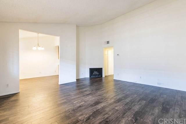 5500 Lindley Avenue #222, Encino, CA 91316 (#SR21117931) :: Compass