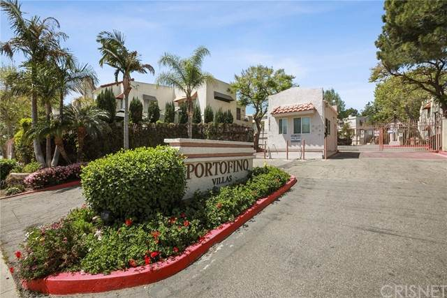 12411 Osborne Street #117, Pacoima, CA 91331 (#SR21118831) :: Montemayor & Associates
