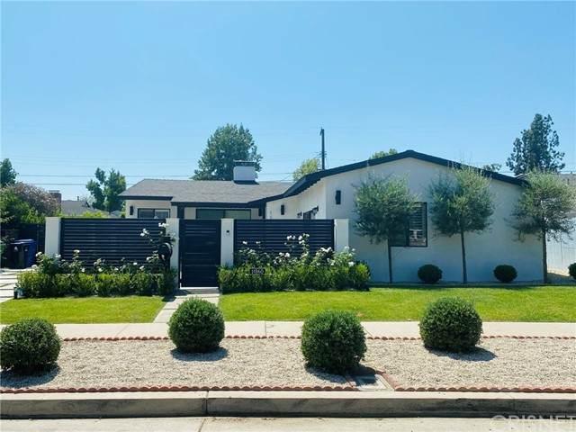 11860 Tiara Street, Valley Village, CA 91607 (#SR21075659) :: Berkshire Hathaway HomeServices California Properties