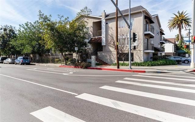 4189 Vineland Avenue #105, Studio City, CA 91602 (#SR21123527) :: The Parsons Team